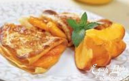 Рецепт Карамелизированные блинчики, запеченные с персикам