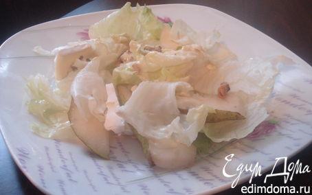 Рецепт Светлый салат с сыром и орехами
