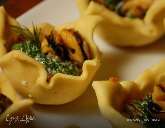 Тарталетки с грибами и мидиями