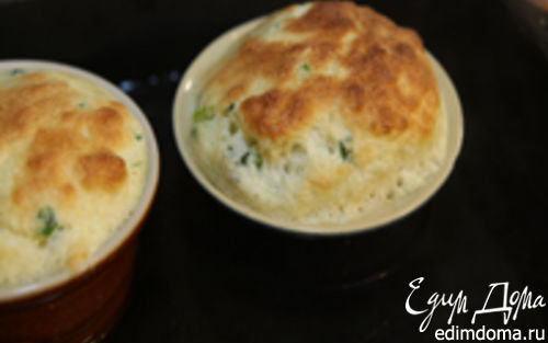 Рецепт Сливочное суфле с зеленым луком и тимьяном