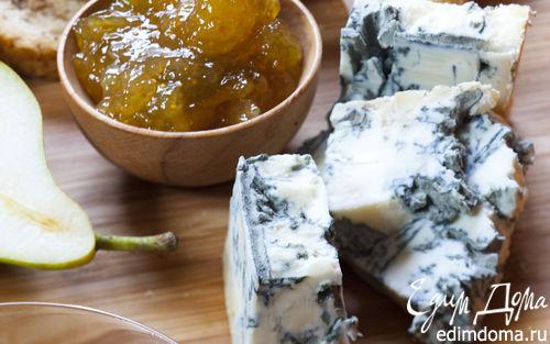 Рецепт Горгонзола с хлебом, медом и мармеладом