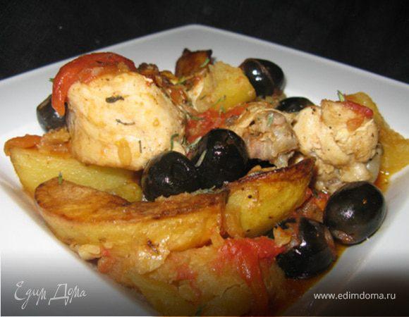 Тушеная курица с маслинами