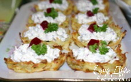 Рецепт Хрустящие картофельные корзиночки с селёдкой
