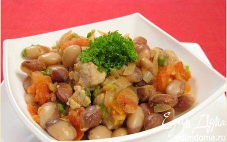 Рецепт Свинина с фасолью и помидорами