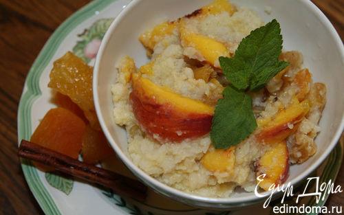 Рецепт Рисовые хлопья с персиками, сухофруктами и кленовым сиропом