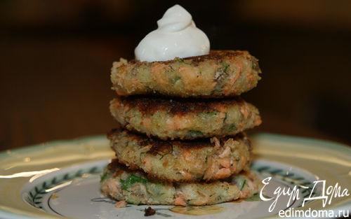 Рецепт Биточки из семги и молодого картофеля с луком и укропом