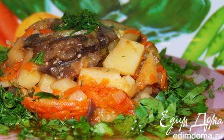 Рецепт Картофель, тушеный с овощами в горшочке