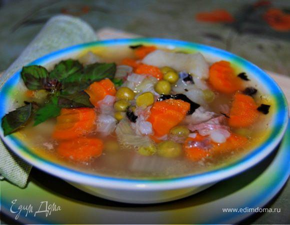 Суп из тушенки с базиликом