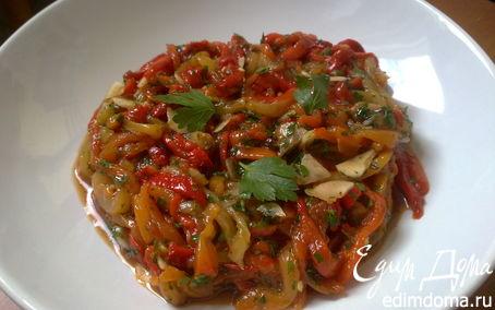 Рецепт Салат из печеных перцев