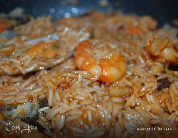 Рис с креветками, мидиями и соусом терияки