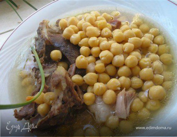 Нут (нагут) с мясом