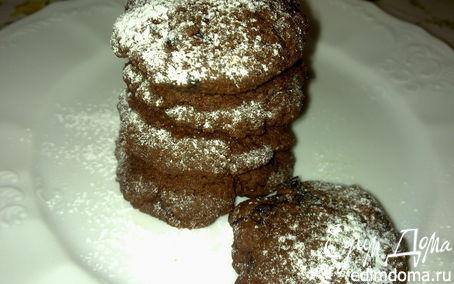 Рецепт Мягкое шоколадное печенье с черносливом