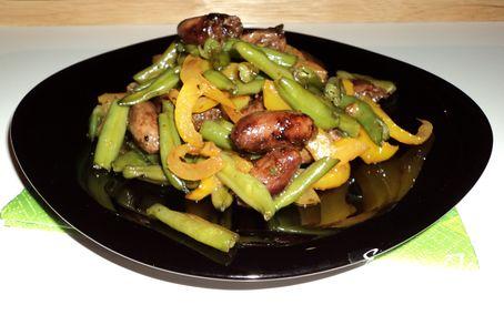 Рецепт Теплый салат с куриными сердечками