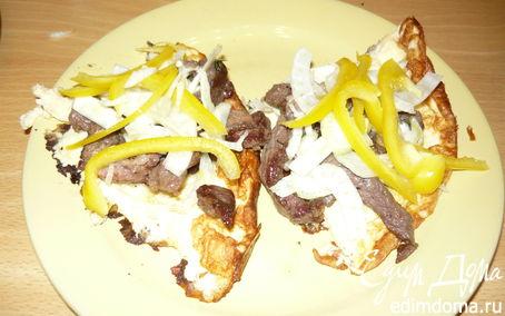 Рецепт Теплый салат на омлете к завтраку