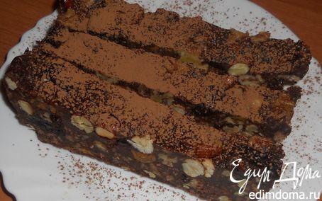 Рецепт Холодный шоколадный торт с орехами и черносливом