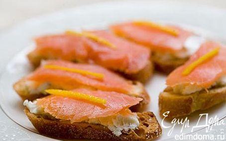 Рецепт тосты с лососем и лимонным творогом