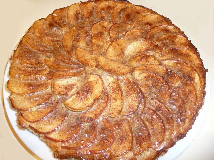Рецепт – Пирог с яблоками и корицей