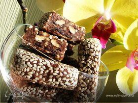 Конфетки из чернослива,грецких орехов и шоколада