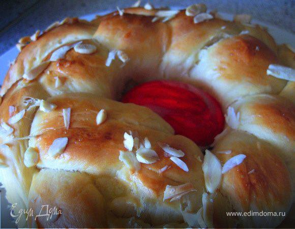 Греческий пасхальный хлеб