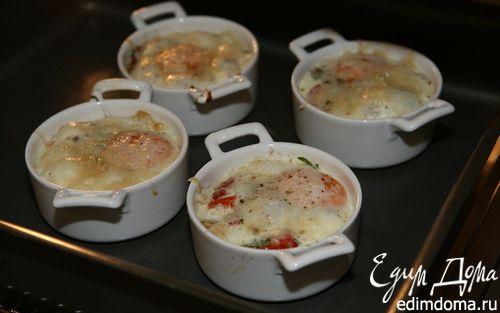 Рецепт Яйца с помидорами и травами