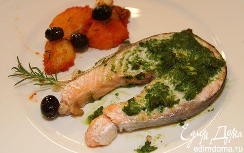 Рецепт Филе семги с базиликом, оливками и картошкой