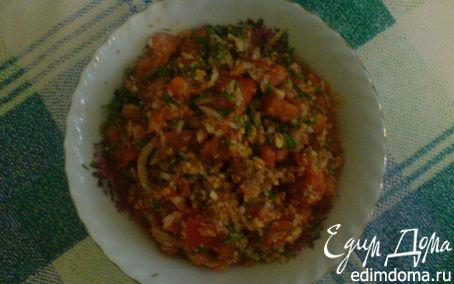 Рецепт Салат для гурманов с помидорами и арахисом