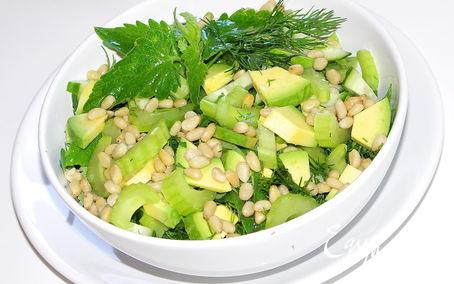 Рецепт Зелёный салат с мелисой.
