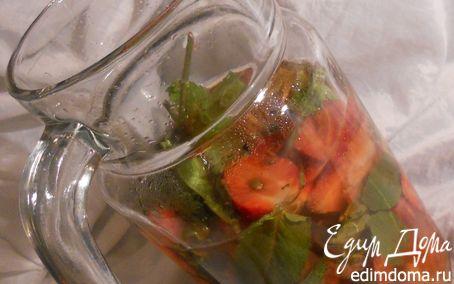 Рецепт Лето 2011: домашний лимонад с клубникой и мятой