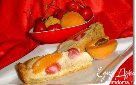Рецепт Пирог с абрикосами и черешней
