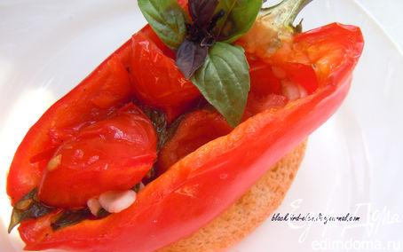 Рецепт Запеченный болгарский перец с острым перцем и томатами