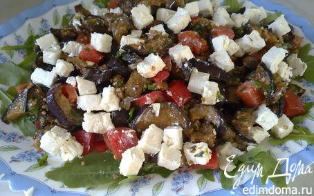 Рецепт Салат из баклажанов-гриль, помидор и феты