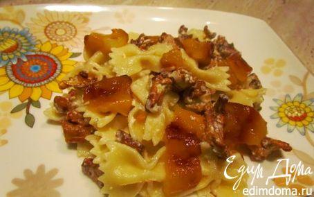 Рецепт Паста с лисичками, фетой и печеным перцем