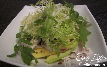 Рецепт Салат из манго и авокадо с курицей