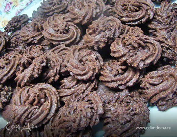 Шоколадное печенье с кокосовой стружкой
