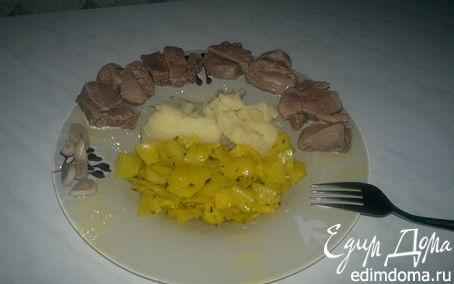 Рецепт Индийский обед ( бедро индейки + острая капуста и оригинальное пюре )