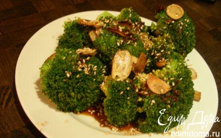 Рецепт Брокколи с чесноком, кунжутом и соевым соусом