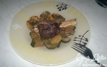Рецепт Ножки барана + печеный острый картофель и тушеный цукини