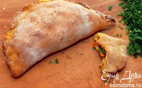 Рецепт Сalzone (кальцоне) с грибами, помидорами и сыром