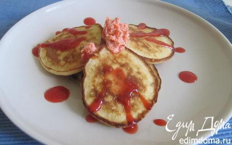 Рецепт Оладьи с рикоттой и клубничным маслом