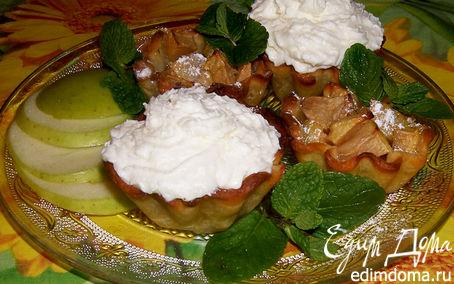 Рецепт Яблочные корзиночки, для кого просто корзиночки, а для кого еще и с кремом))