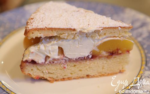 Рецепт Пирог с персиками и взбитыми сливками