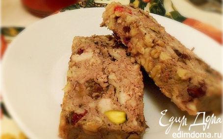 Рецепт Патэ из печени с черносливом, фисташками и брусникой