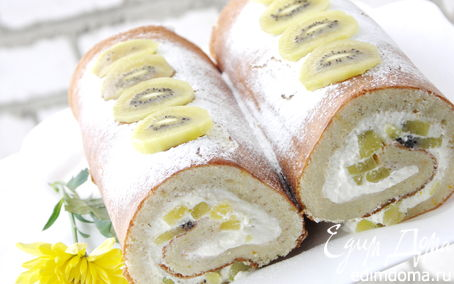 Рецепт Рулет из бисквита с кешью со сливочным кремом и киви голд