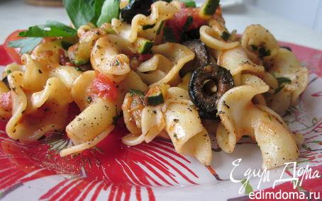 Рецепт Итальянская паста с овощами и черными маслинами