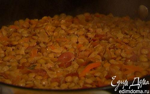 Рецепт Чечевица с грибами, ветчиной и куриными сосисками