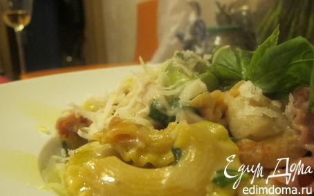 Рецепт Цветная паста с креветками, кальмаром, спаржей и кокосовым молоком