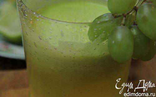 Рецепт Сок из ананаса, винограда и сельдерея