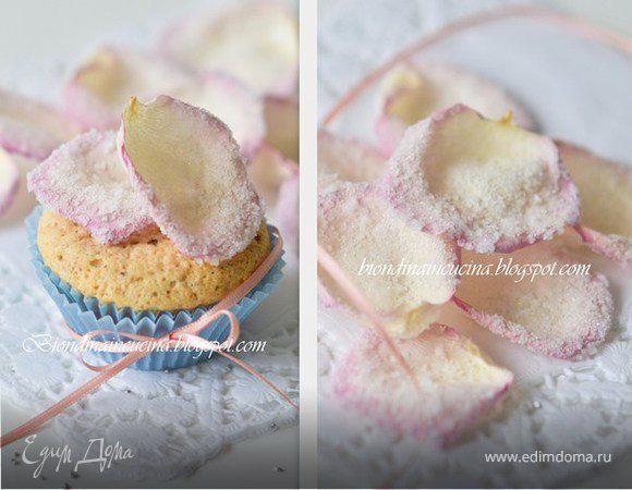 Миндальные экспресс-пирожные с двумя видами шоколада