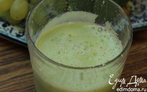 Рецепт Сок из брокколи, яблока и винограда