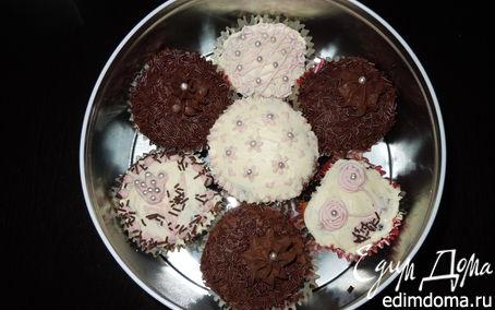 Рецепт Шоколадные пирожные с шоколадным и ванильным кремом